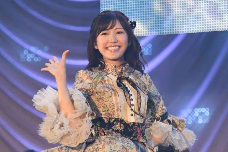 渡邊麻友從AKB48畢業,是否代表王道偶像也跟著走入歷史。(圖/スカパー!アイドル@twitter)