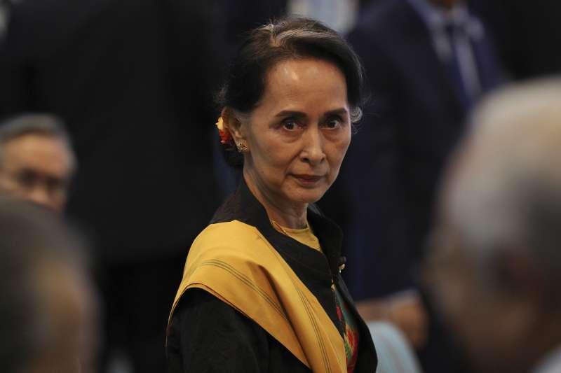 對於緬甸羅興亞人危機,東協峰會公報隻字未提,圖為緬甸實質領導人翁山蘇姬(AP)