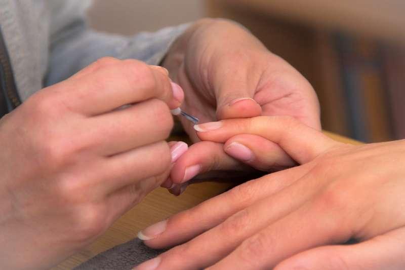 中醫角度而言,認為指甲是肺腑氣血充足的體現,可以及時反應人體的健康。(示意圖/niekverlaan@PIXABAY)
