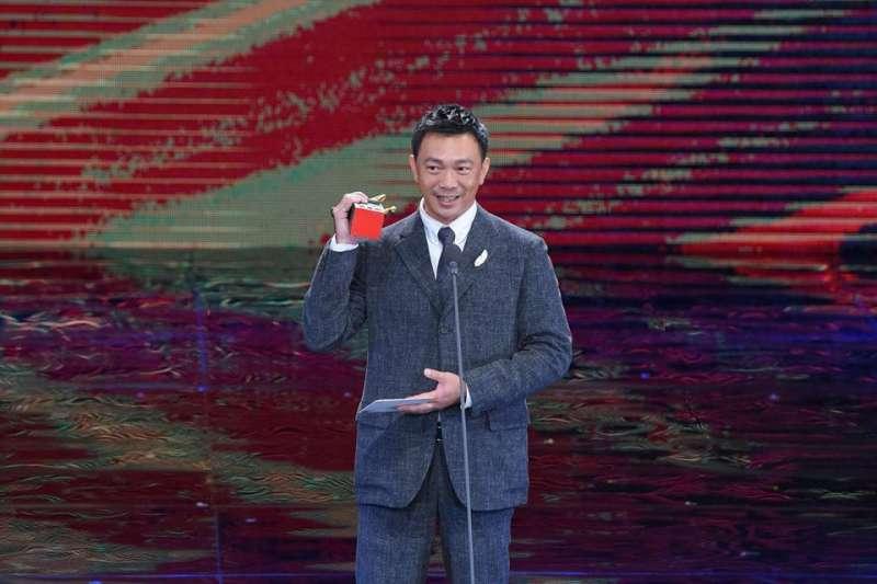 金馬獎最佳新導演得主黃信堯執導的《大佛普拉斯》,入選第47屆紐約「新導演/新電影影展」。圖為日前黃信堯出席金馬獎。(資料到,取自金馬影展TGHFF臉書)