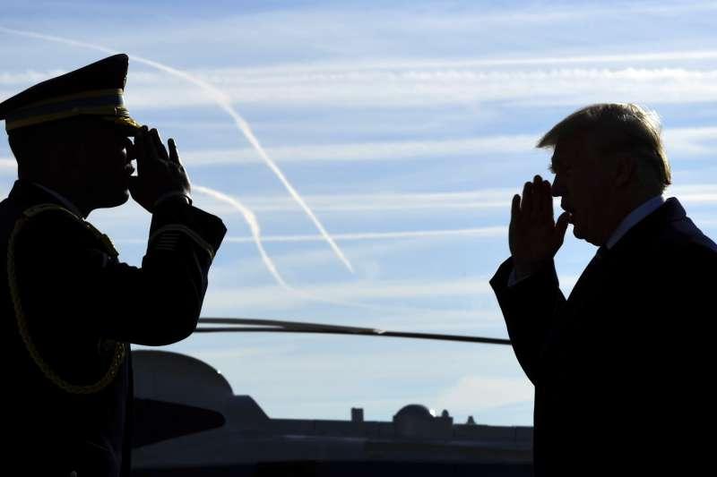 前白宮國安顧問佛林承認曾在政府過渡時期代表川普接觸俄羅斯,川普通俄門疑雲越陷越深。(美聯社)