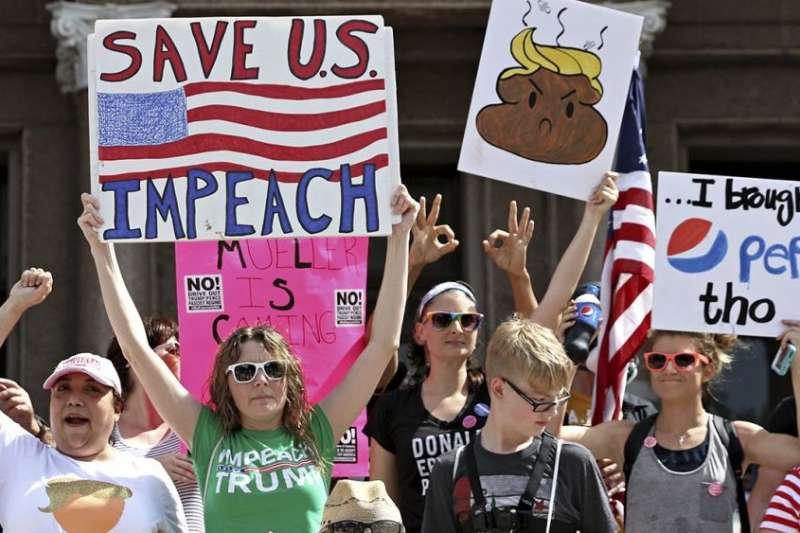 今年7月,美國德州首府奧斯汀(Austin)發起彈劾川普的示威遊行(AP)
