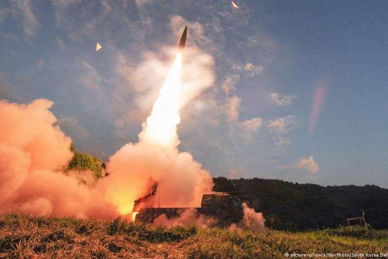在北韓核武飛彈危機日益白熱化的背景下,南韓、日本和美國計劃在該地區再次舉行軍事演習—主打項目「飛彈追蹤」。(德國之聲)