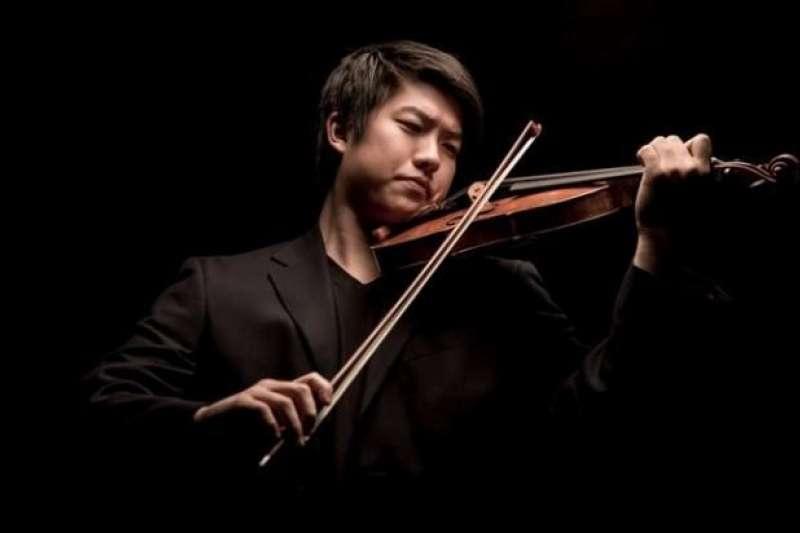 留美青年小提琴演奏家「林冠羽Kevin Lin」,年僅23歲已加入倫敦愛樂樂團(LPO)成為首席。(圖/thestrad)