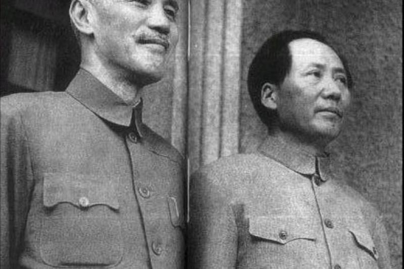 作者說,蔣介石最應感謝的是毛澤東,其愚蠢的反美親蘇「一邊倒」的外交路線救了蔣介石和中華民國的命。(資料照,維基百科)