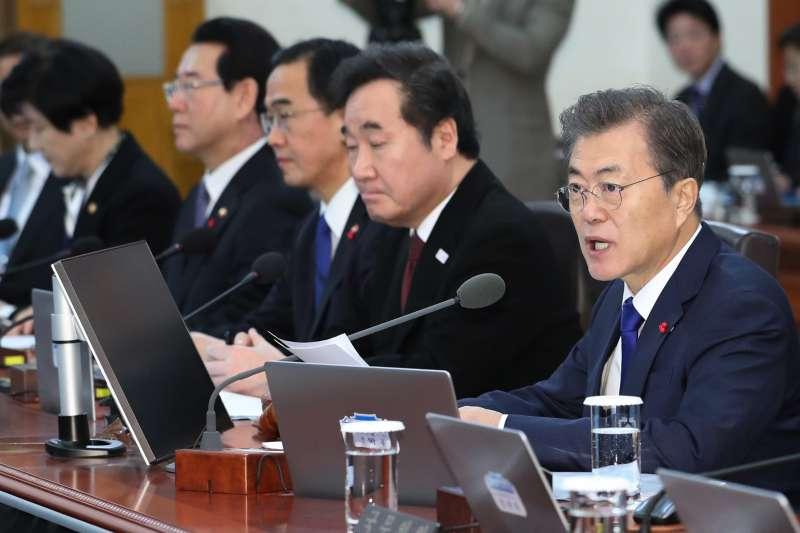 南韓總統文在寅歡迎北韓擺出願意協商的姿態。(美聯社)