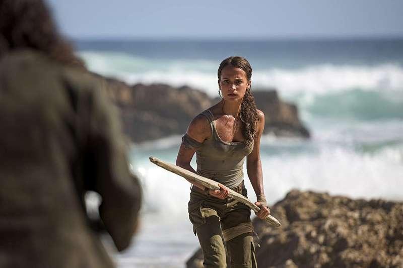新版《古墓奇兵》找來瑞典女星艾莉西亞薇坎德擔任新蘿拉。(取自IMDb)