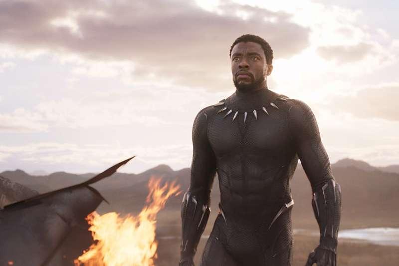 漫威英雄《黑豹》是少數以非裔主角做為英雄的好萊塢商業大片。(取自IMDb)