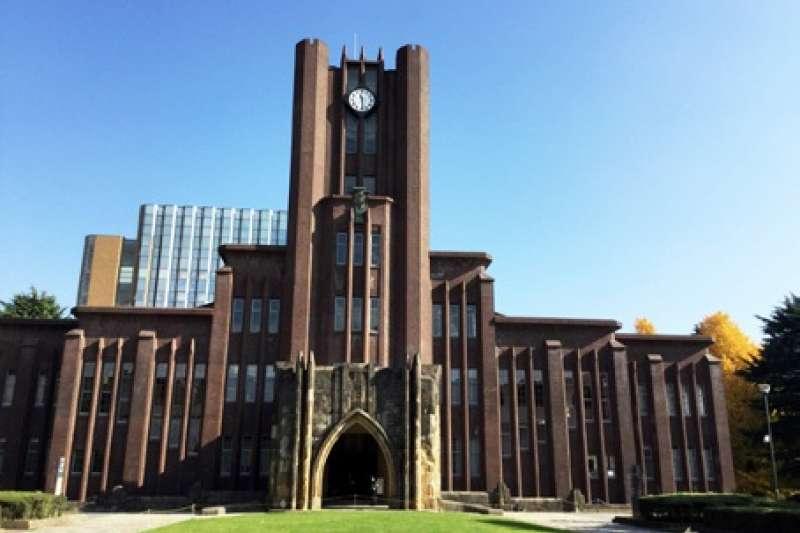 東大比起早大、慶大等私立大學,歷史更悠久,處處都有痕跡。(圖/作者提供)