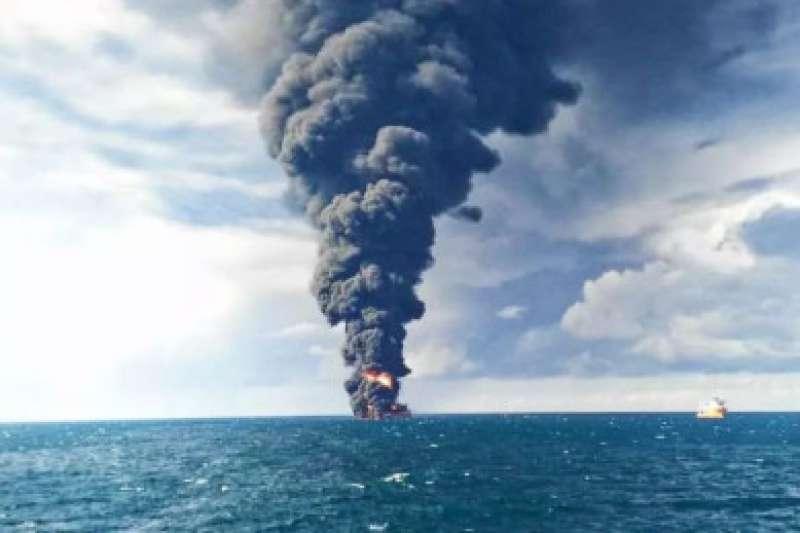 巴拿馬籍油輪「桑吉輪」(Sanchi)6日在東海與香港貨輪相撞,14日發生大爆炸並沉沒。(央視)