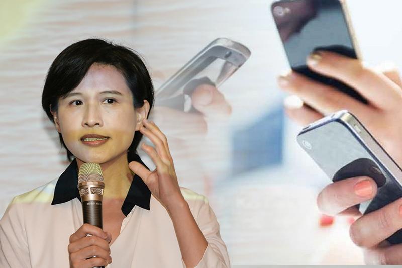 文化部長鄭麗君將成立「公共媒體基金」,希望爭取未來2年5G頻譜釋照收入,作為台灣公共媒體長期發展基金。(資料照,甘岱民攝、取自commonhealth/影像合成:風傳媒)