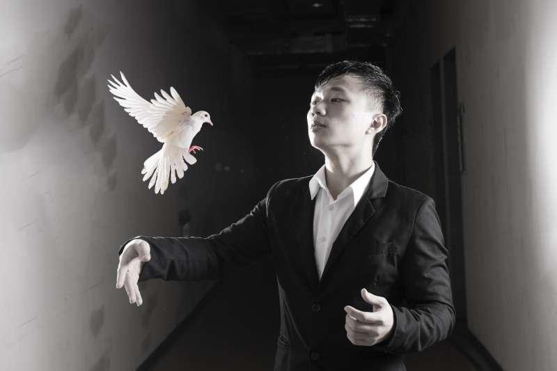 魔術師(示意圖/vinqoo123@Flickr)