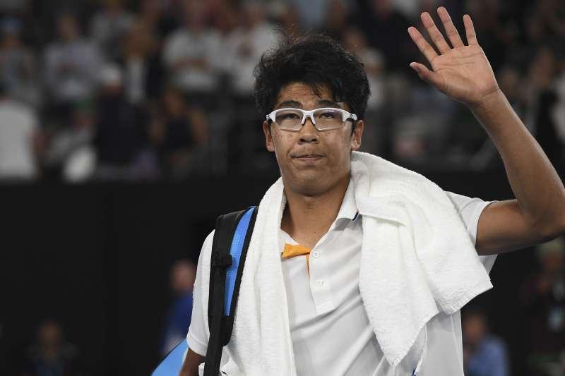 2018年澳洲網球公開賽(澳網)男單4強,南韓鄭泫對戰瑞士費德勒(AP)