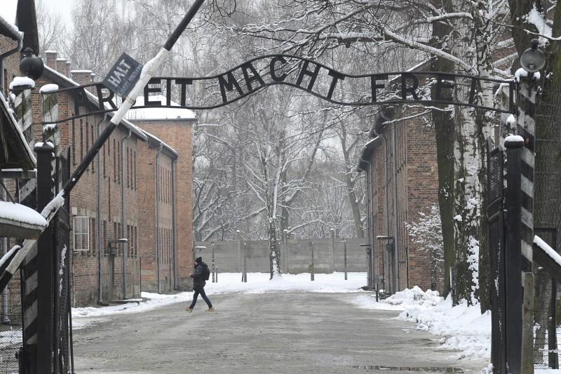 納粹德國在波蘭南部建立奧斯威辛集中營,約有110萬人在此遭屠殺(AP)