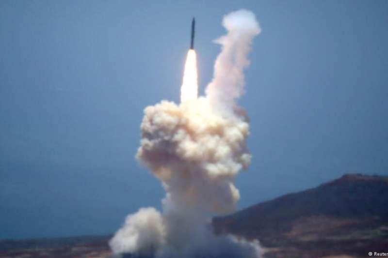 美國2017年5月30日測試洲際彈道飛彈攔截技術。(德國之聲)