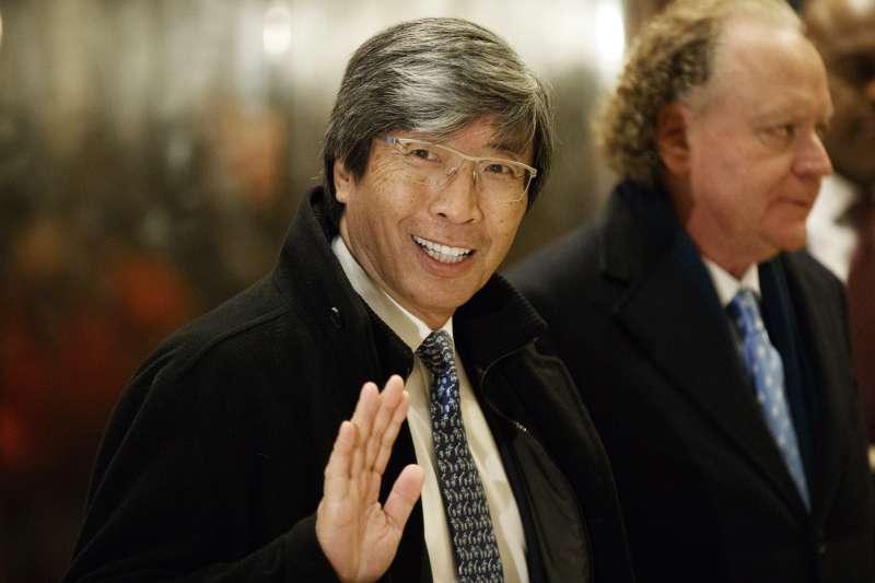 華裔富豪黃馨祥(Patrick Soon-Shiong)5億美元買下《洛杉磯時報》(AP)