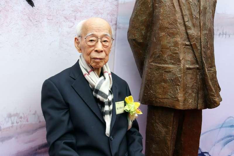 國學大師饒宗頤出席其銅像揭幕暨「藝聚西泠」展覽開幕典禮(新華社)