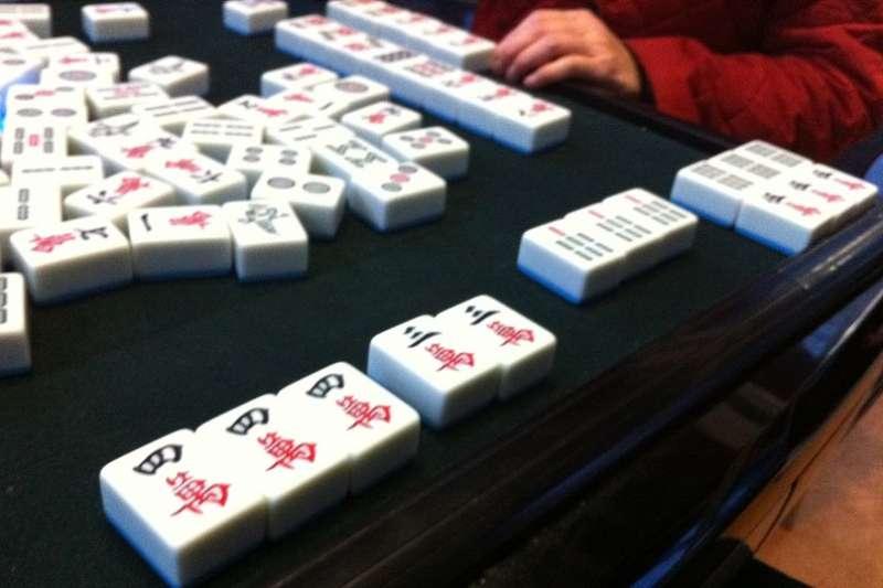 打麻將是年節團圓的重要節目之一。