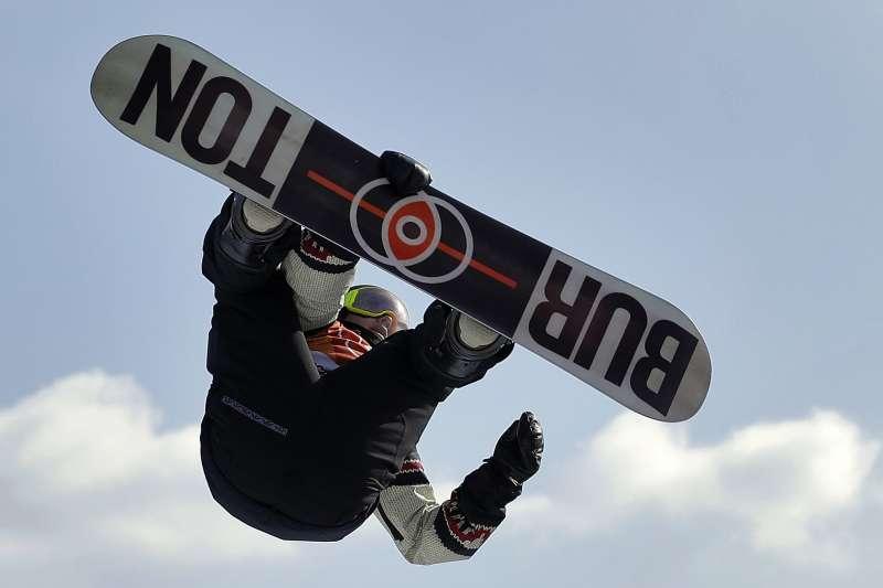 平昌冬奧:加拿大單板滑雪選手麥莫里斯11個月前鬼門關走回,依舊拿下男子花式銅牌(AP)