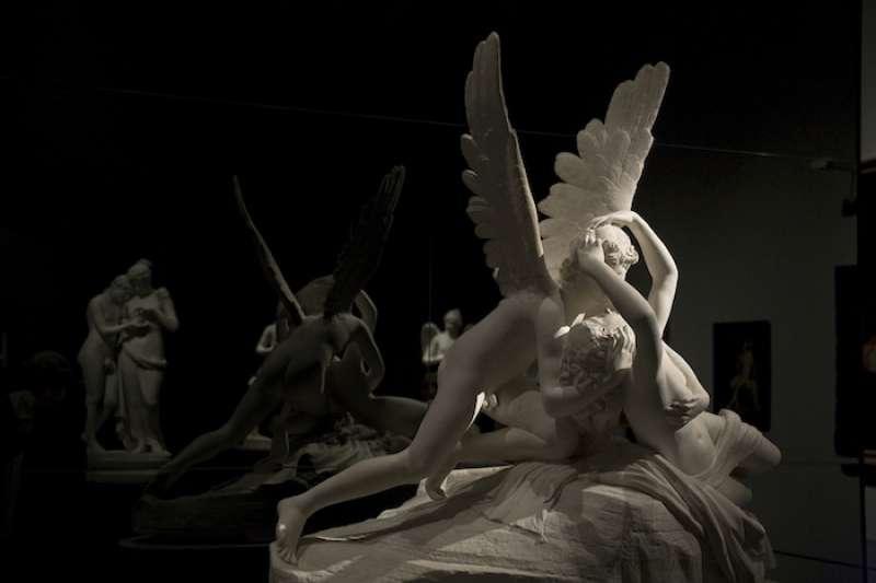 情人節:卡諾瓦的愛神丘比特與普塞珂 (翻攝Flickr)