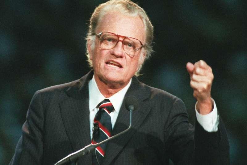 美國最出名的佈道家葛理翰辭世,享壽99歲。(美聯社)