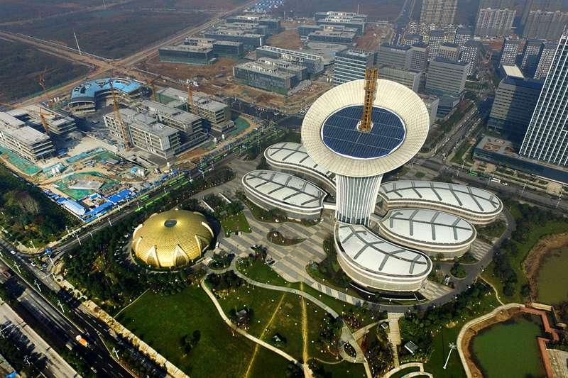 中國經濟,光穀六大園區之一的武漢未來科技城(新華社)