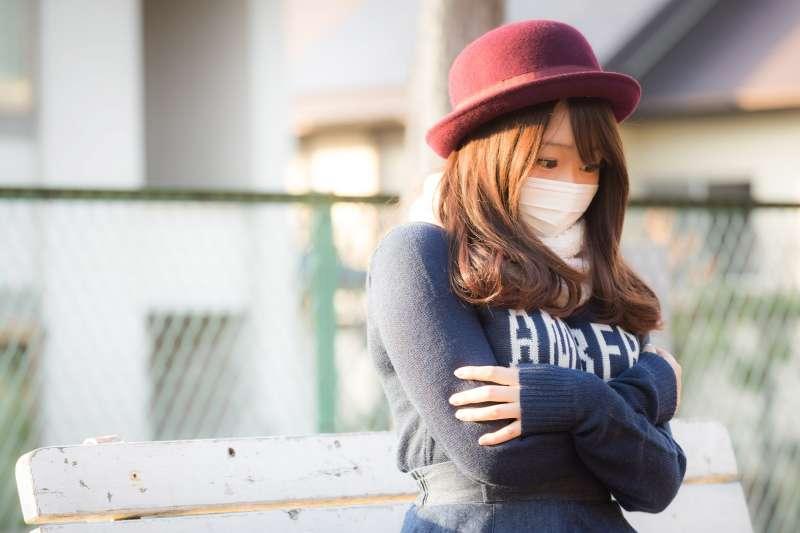 寒流來襲,小心引起氣喘!(圖片來源/pakutaso)