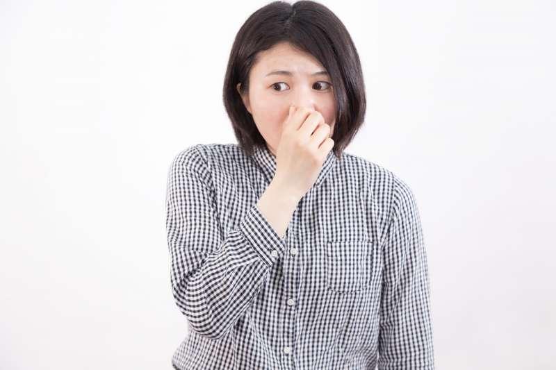 體臭薰人,可能是這些健康問題!(圖/pakutaso)