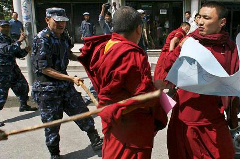 尼泊爾警方驅散抗議藏民,資料照。(德國之聲)