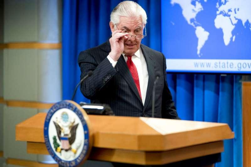 提勒森在國務院與媒體道別。(美聯社)