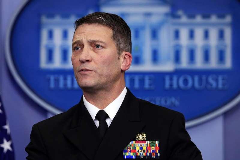 美國白宮御醫傑克遜成為退伍軍人事務部新部長人選(AP)
