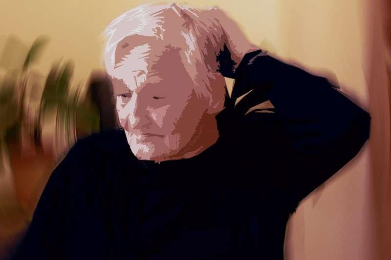 當「年老」不可避免,辛苦一輩子累積的財富將何去何從?有什麼事情可以趁早規劃呢?(圖/pixabay)
