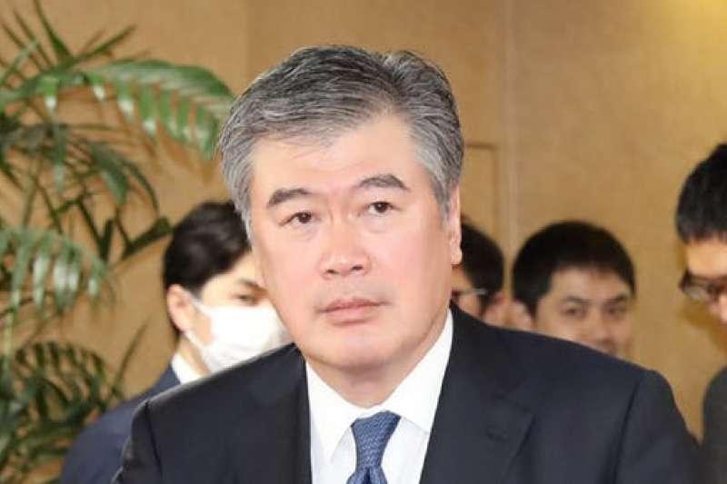 日本財務省官員福田淳一陷入性騷擾醜聞。