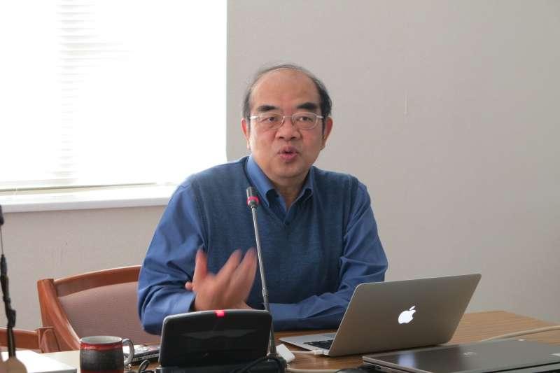 吳茂昆(東華大學)