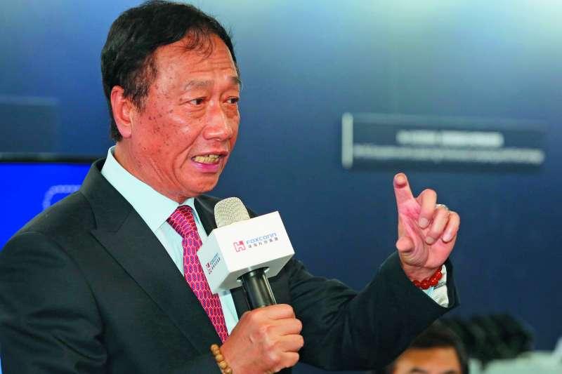 郭台銘宣布鴻海減資,此舉將讓鴻海在股市變得較為輕盈。(郭晉瑋攝)