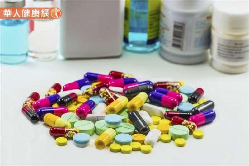 健保署、食藥署昨天宣布建立「疑似藥品療效不等」通報管道,民眾一旦發現藥效變差,就能透過醫師協助通報。(資料照,華人健康網提供)