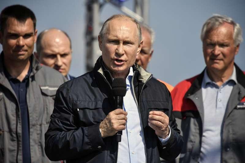 2018年5月15日,連接克里米亞及俄羅斯的橋樑正式啟用。(AP)
