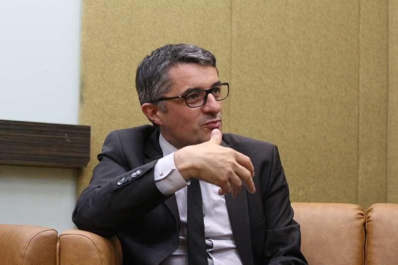 20180525-「2018國際家庭日 國際修法論壇」, 法國前國民議會議員 Erwann Binet出席。(陳韡誌攝)