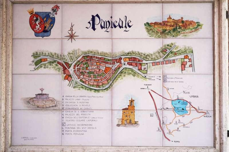 帕尼卡雷小鎮地圖。(曾廣儀攝)
