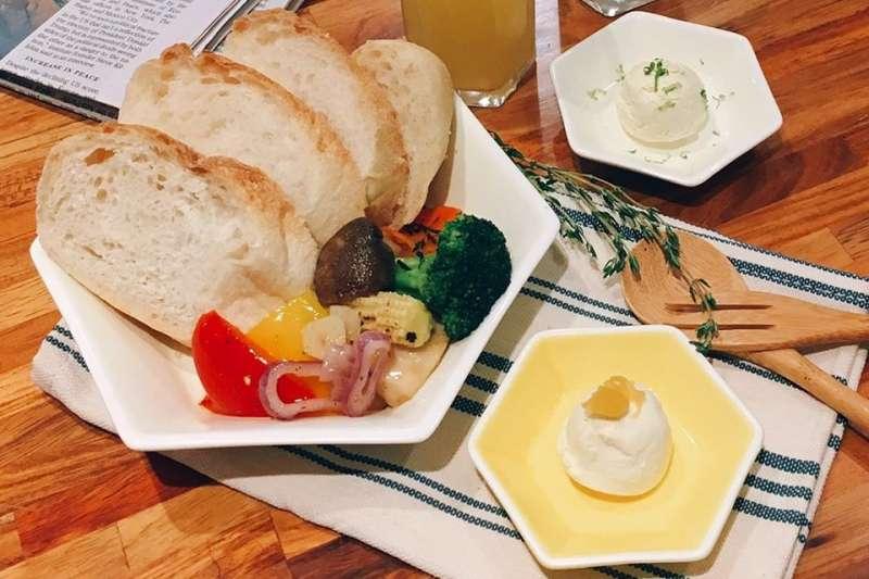 誰說餐廳都在台北市呢?在新埔、江子翠一帶,同樣有不少新北超人氣早午餐店。(圖/稜角室@facebook)