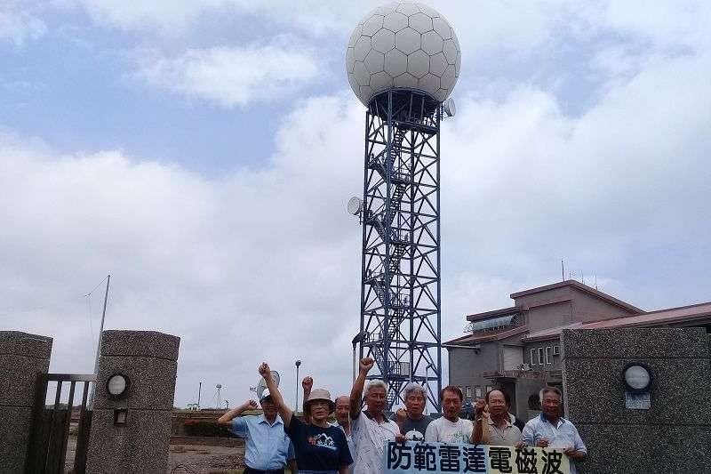 台南七股鹽埕里居民抗爭12年,終於促成雷達遷移。(朱淑娟攝)
