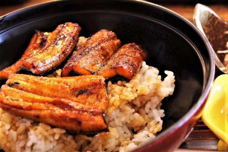 關東、關西料理原來差超多!除了鰻魚飯之外,原來烏龍麵,壽司、壽喜燒的料理方式都不同!(圖/Ryosuke Sekido@flickr)