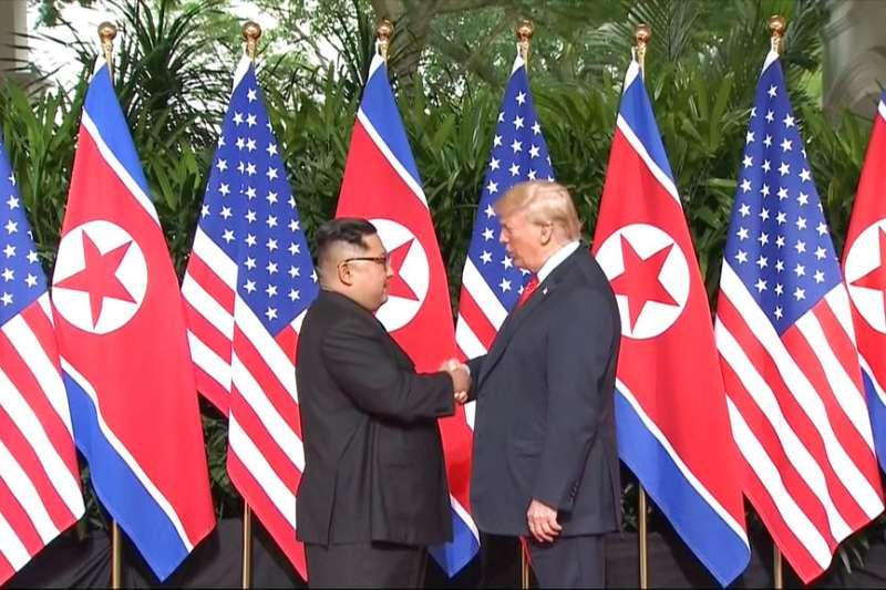 2018年6月12日,川普、金正恩世紀之握。AP