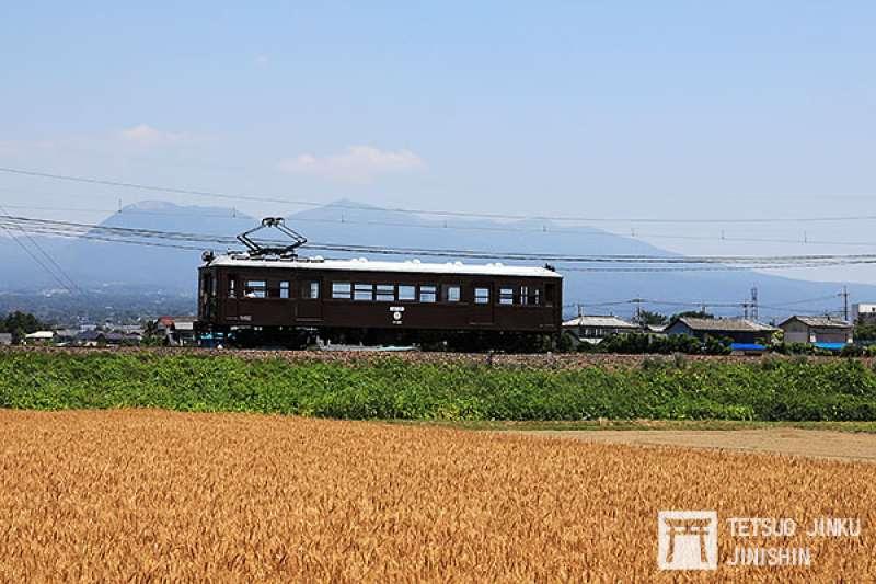 已有90年歷史的デハ101號電車,至今依然老當益壯,成為鐵道迷熱衷追尋的目標。(圖/陳威臣攝影 想想論壇提供)