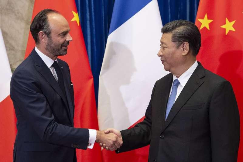 法國總理菲利普訪問中國,會見中國國家主席習近平(AP)