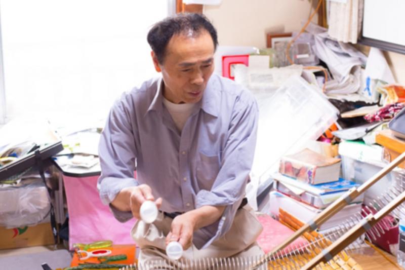 日本 75 歲阿公發明魂不滅,無俚頭創意一籮筐。(圖/翻攝自エステーQ,智慧機器人網提供)