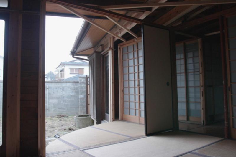 日本女大生居然不使用任何電動結構,單純以傳統木造工法,就把外婆的老房子 360 度旋轉了!(圖/翻攝自 vimeo,智慧機器人網提供)
