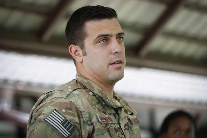 駐日本沖繩的美國空軍救援專家安德森透露這次泰國洞穴救援任務的細節(AP)