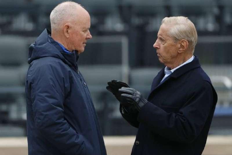 奧德森(左)因病辭去大都會總管一職,這給老闆威爾彭一個大難題。(美聯社)