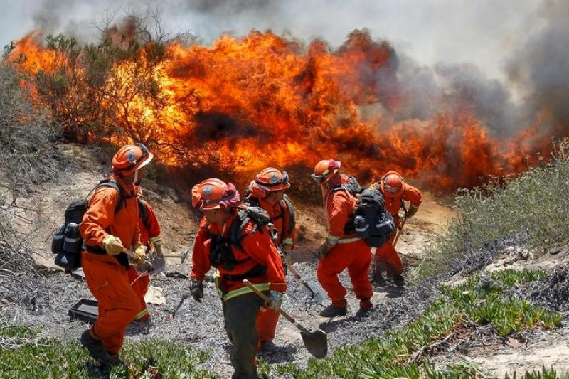 加州野火燎原 聖地牙哥告急(圖輯)-風傳媒